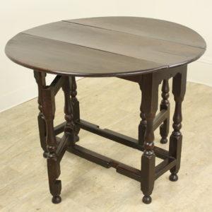 Welsh Period Oak Gate Leg Drop-Leaf Table