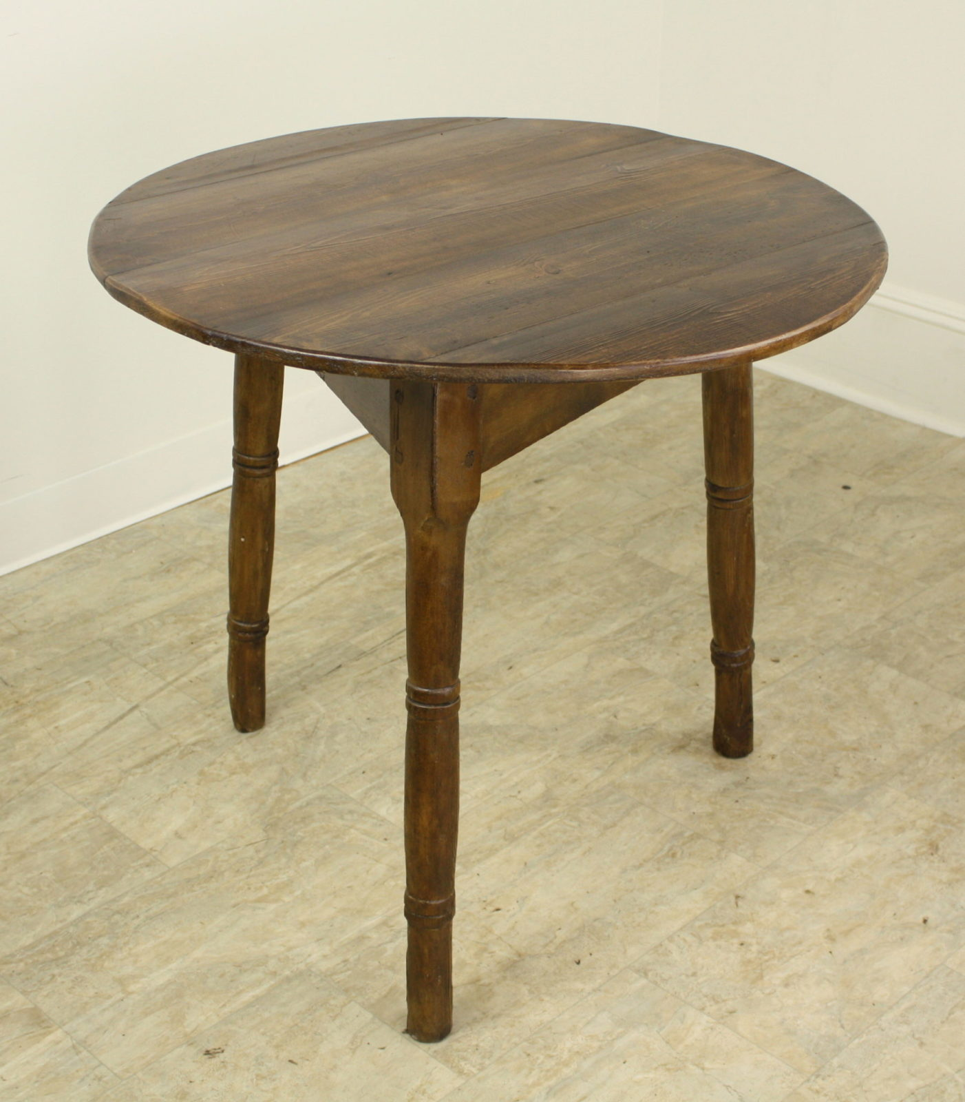 Pine Coffee Table With Turned Legs: Antique Welsh Pine Cricket Table With Turned Legs